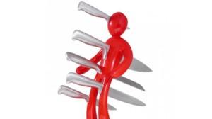 cuchillos clavados